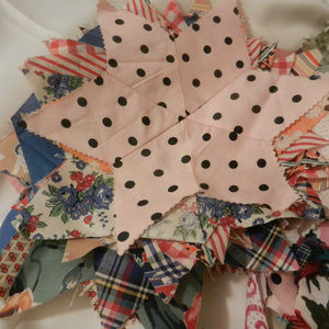 Vtg Home decor sew art craft scrapbk quilt pieces